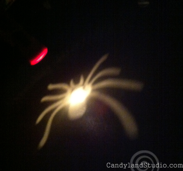 DIY Spider Flashlight Cover for Halloween
